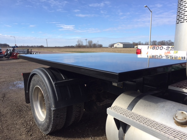 custom fab flatbed semi